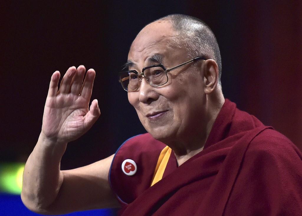 Sorti d'hôpital, le dalaï lama rassure sur sa santé