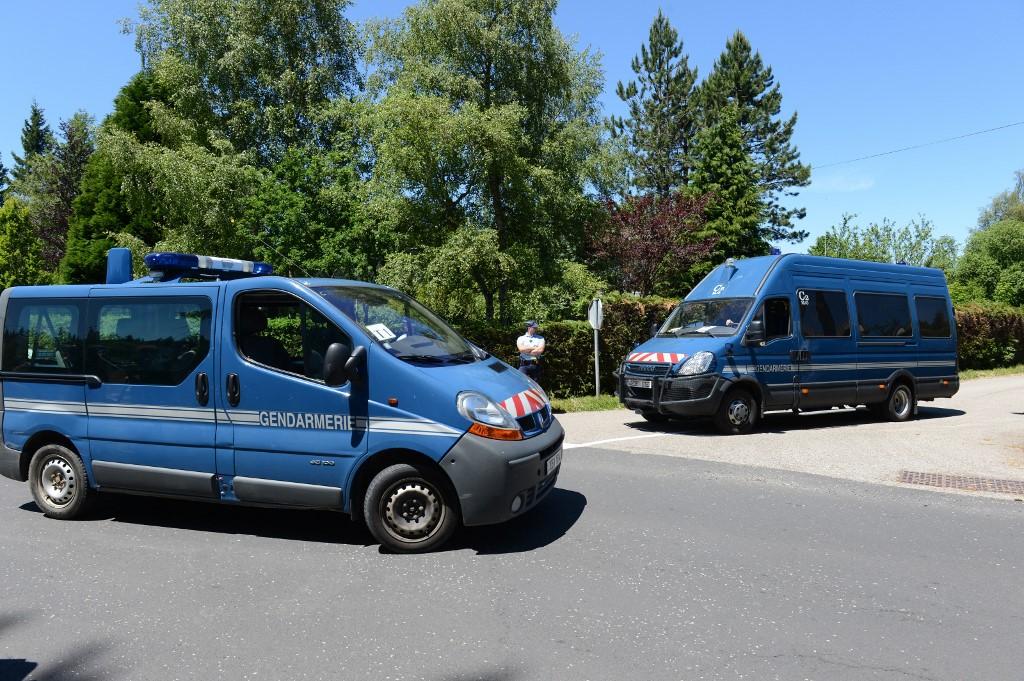 Trois corps découverts dans une villa des Monts du Lyonnais