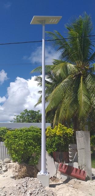 120 lampadaires solaires pour Makemo et ses communes associées