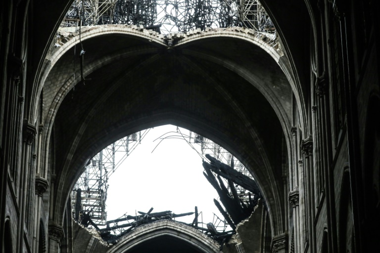 Les voutes de la nef de Notre-Dame de Paris le 16 avril 2019. (Photo : AFP / LUDOVIC MARIN)