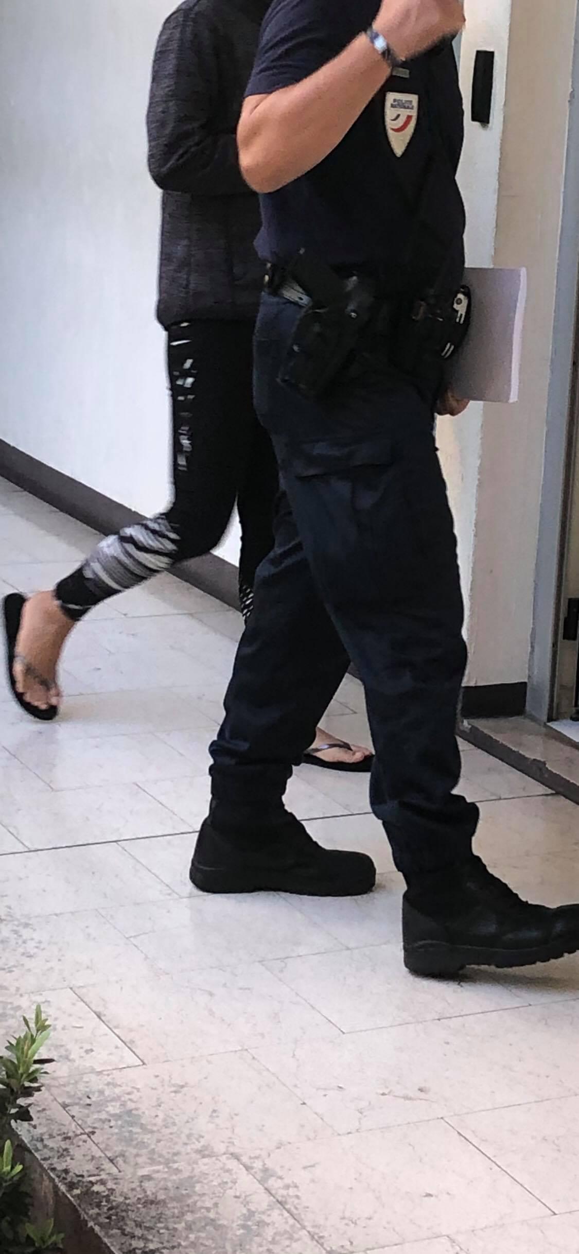 Une femme interpellée à l'aéroport en possession de 74 grammes d'ice, trois autres individus placés en garde à vue