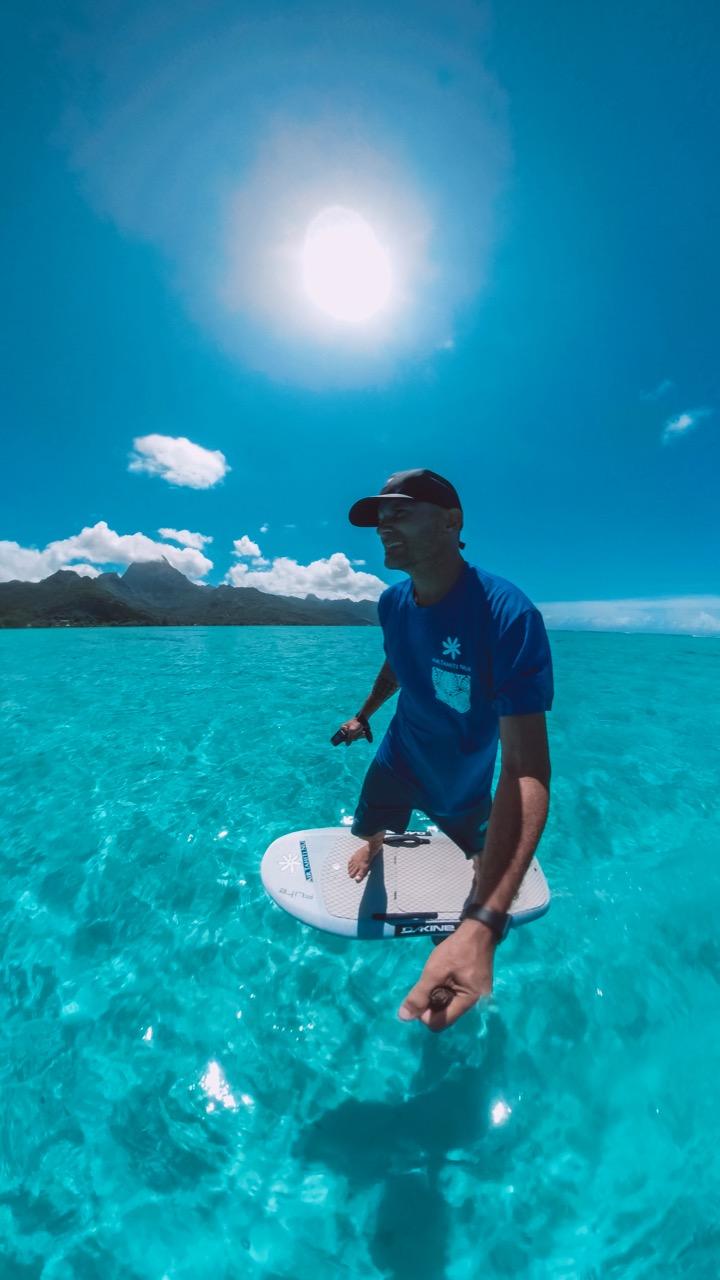 """Fred Morin fait partie du programme """"Ambassadors"""" de la compagnie Air Tahiti Nui"""