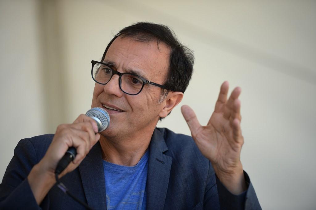"""L'animateur Thierry Beccaro quitte """"Motus"""" au bout de 29 ans"""