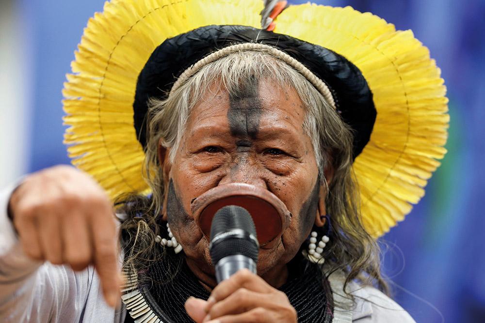Le chef indigène brésilien Raoni en Europe pour défendre l'Amazonie