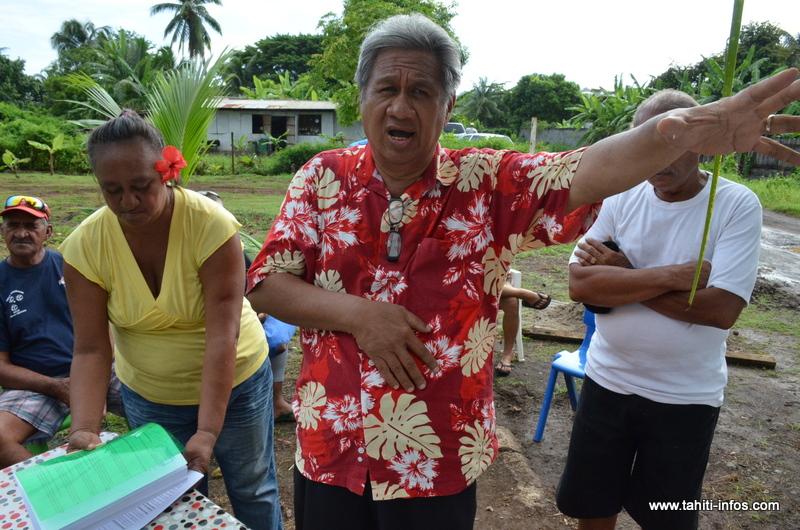 Monil Tetuanui, en avril 2016 lors d'une manifestation des associations familiales concernées par le foncier du Village Tahitien à Outumaoro.