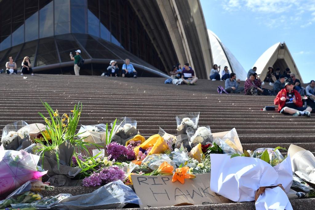 Australie: fin de campagne serrée, endeuillée par le décès d'une légende travailliste