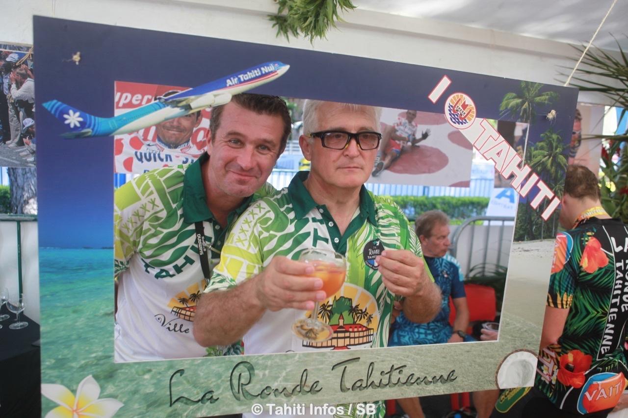 Benoit Rivals, à gauche, organisateur heureux de la Ronde Tahitienne