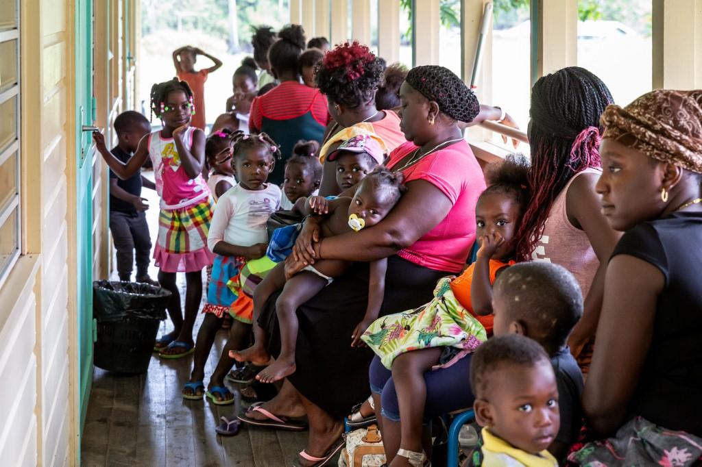 A Grand-Santi, dans l'ouest de la Guyane, ces habitants qui n'existent pas