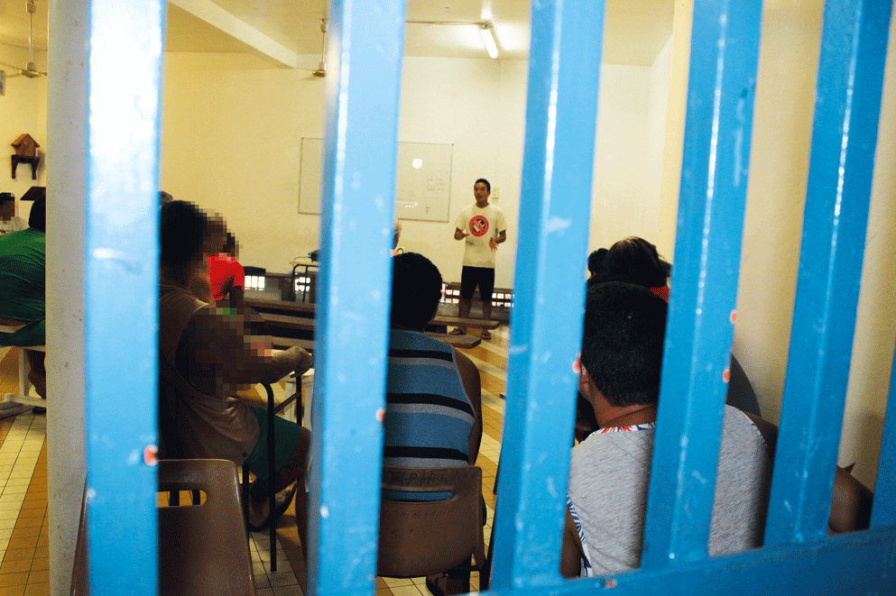 Une quinzaine de détenus ont assisté à la réunion de Nana sac plastique.