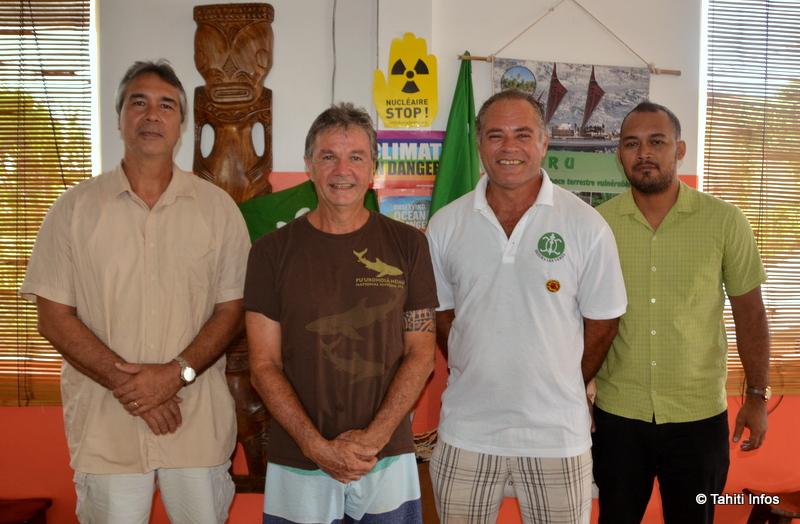 Différents membres du bureau de Heiura-Les Verts : Tati Salmon, Jacky Bryant, Karl Réguron et Jack Mataitai