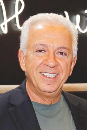 """Paul Marciano : """"Tahiti pourrait être une source d'inspiration pour une collection"""""""