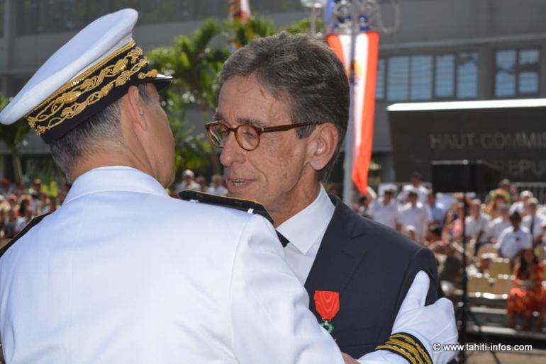 Gilles Cantal collaborateur de Nuihau Laurey au Sénat