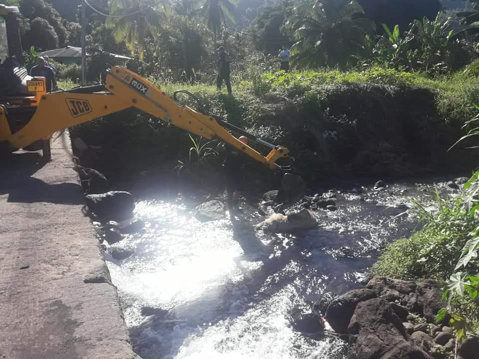 Un porc retrouvé mort dans une rivière à Papara