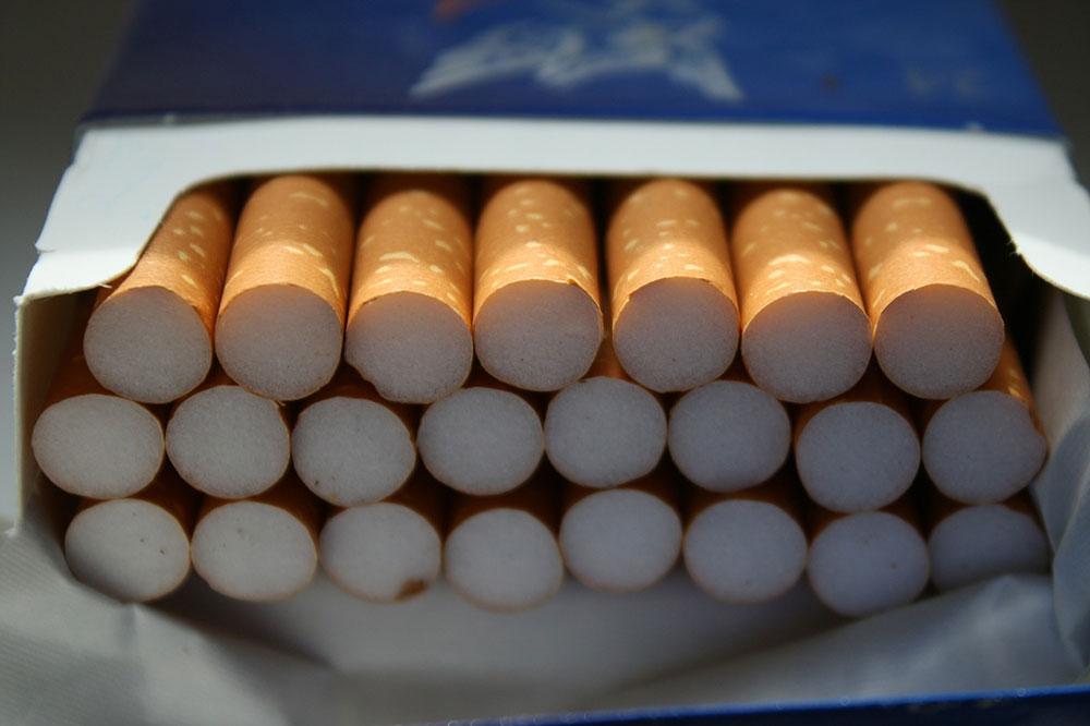 Démodée la clope ? Les jeunes moins friands du tabac que leurs aînés au collège et lycée
