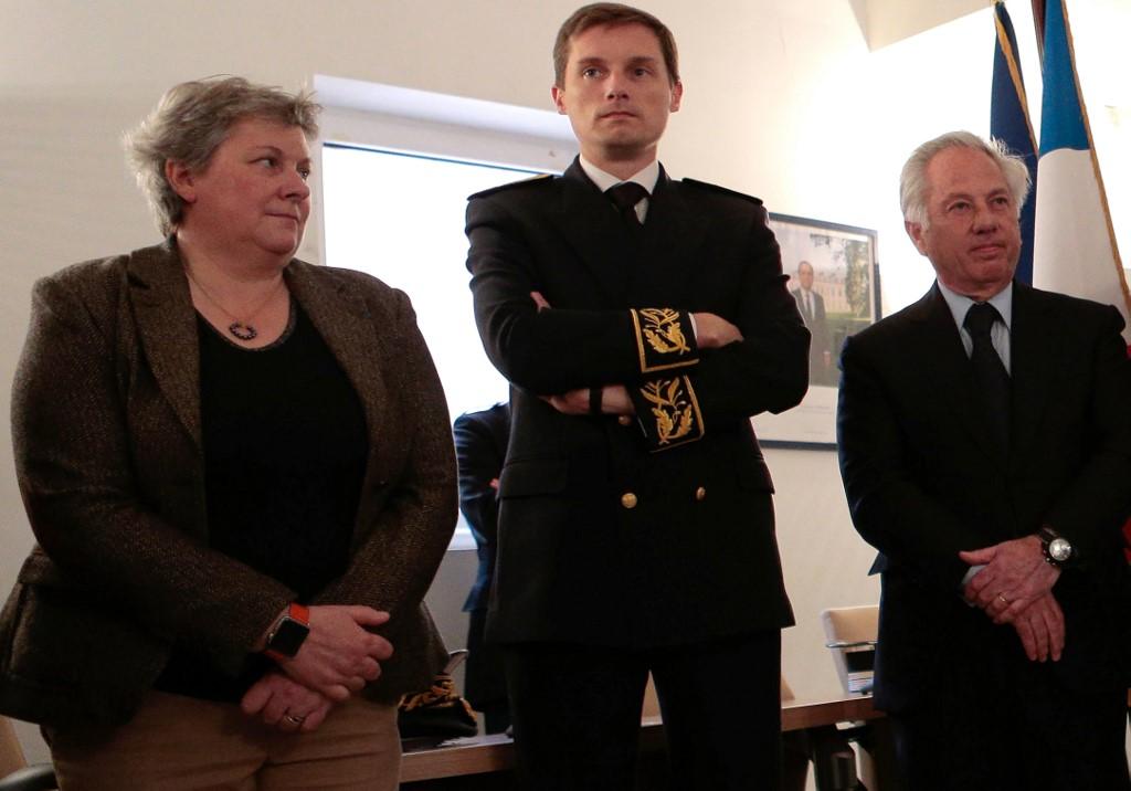 Véronique Caron (gauche).