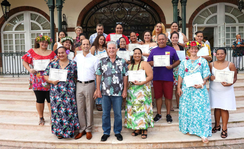 Cinq nouveaux infirmiers et 18 aides-soignants diplômés