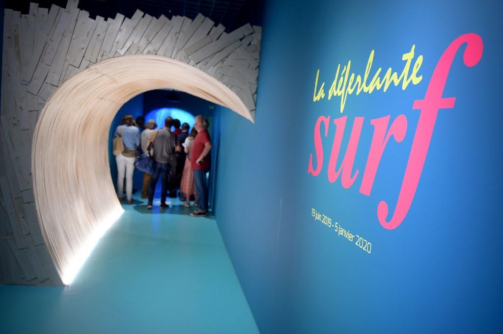 """Exposition: """"déferlante surf"""" à Bordeaux"""