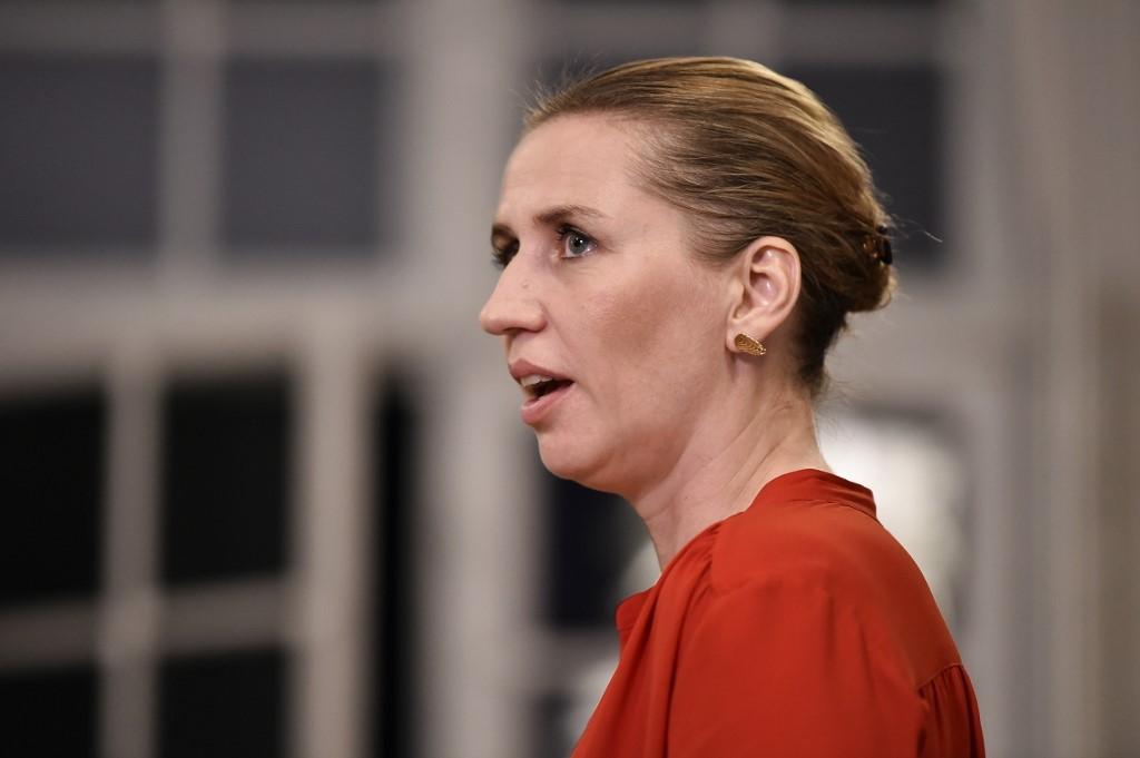 Le Danemark installe sa plus jeune Première ministre face à l'urgence climatique