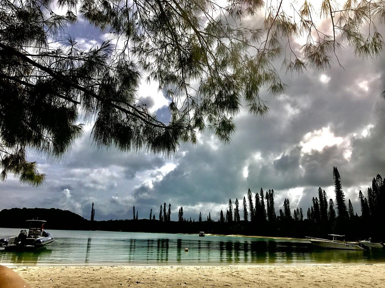 Ning Sisheng a été arrêté fin avril à l'île des Pins en Nouvelle-Calédonie alors qu'il y faisait escale dans le cadre d'une croisière touristique avec une amie.
