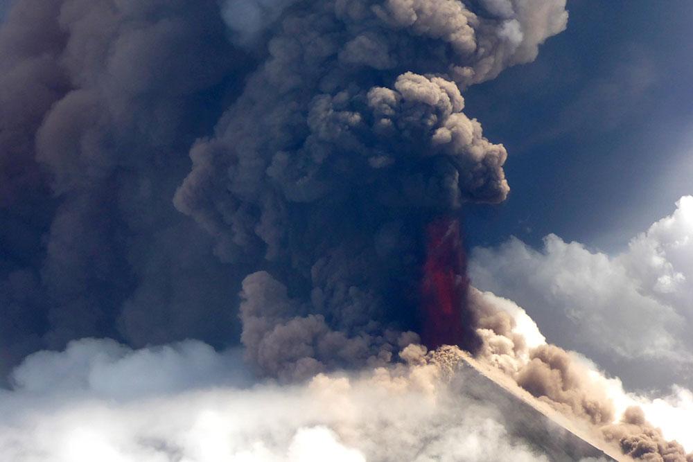Un volcan entre en éruption en Papouasie-Nouvelle-Guinée