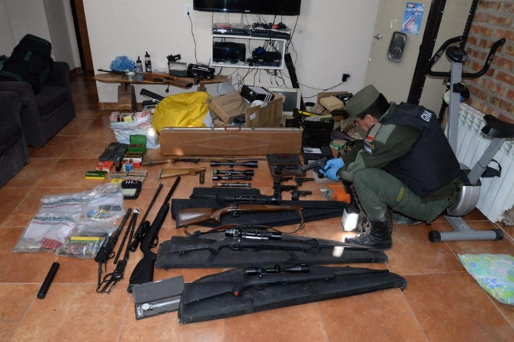 Des armes sophistiquées par colis, trafic insolite en Argentine