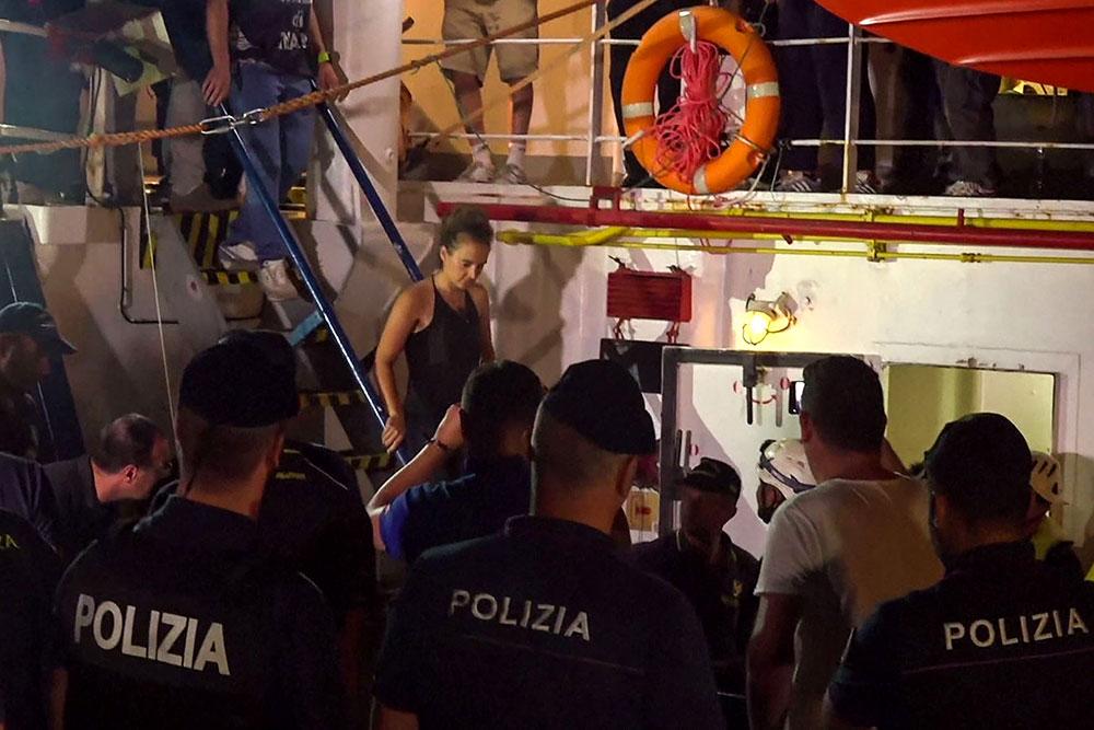 Affaire du Sea-Watch: le ton monte entre Italie, France et Allemagne