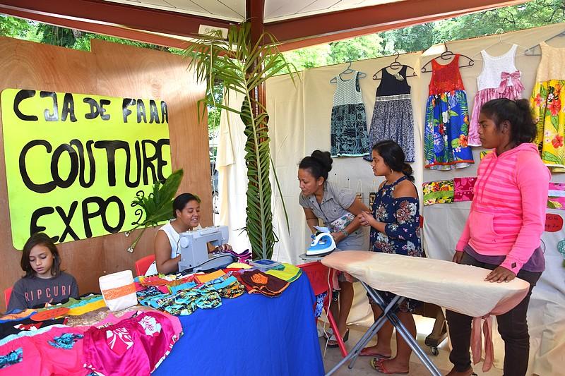 Expo-vente couture au CJA de Faa'a