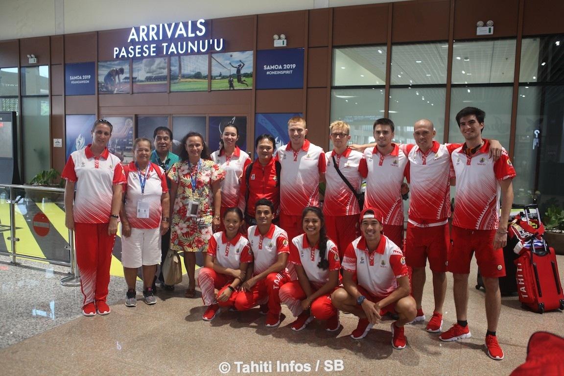 Mme la Minstre a tenu à accueillir le team badminton