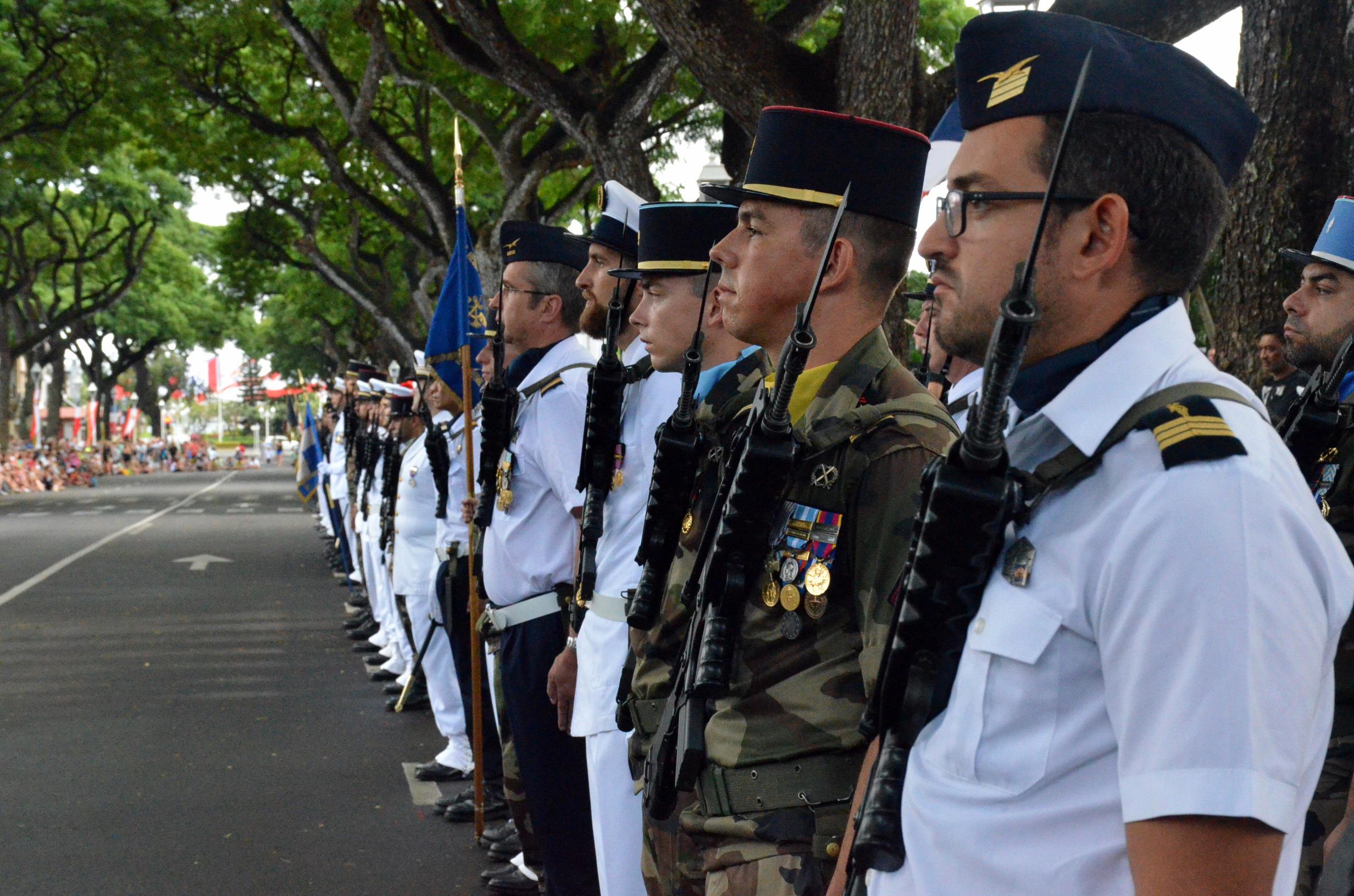 En Polynésie, le défilé du 14 Juillet a lieu e Pouvanaa a Oopa.