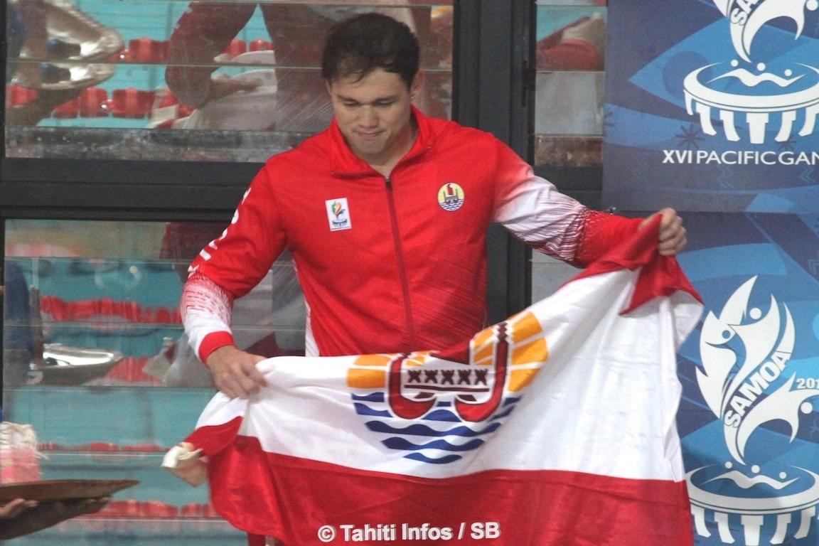 Une deuxième médaille d'or pour Rahiti De Vos après son titre en eau libre lundi lors de la première journée des Jeux du Pacifique.