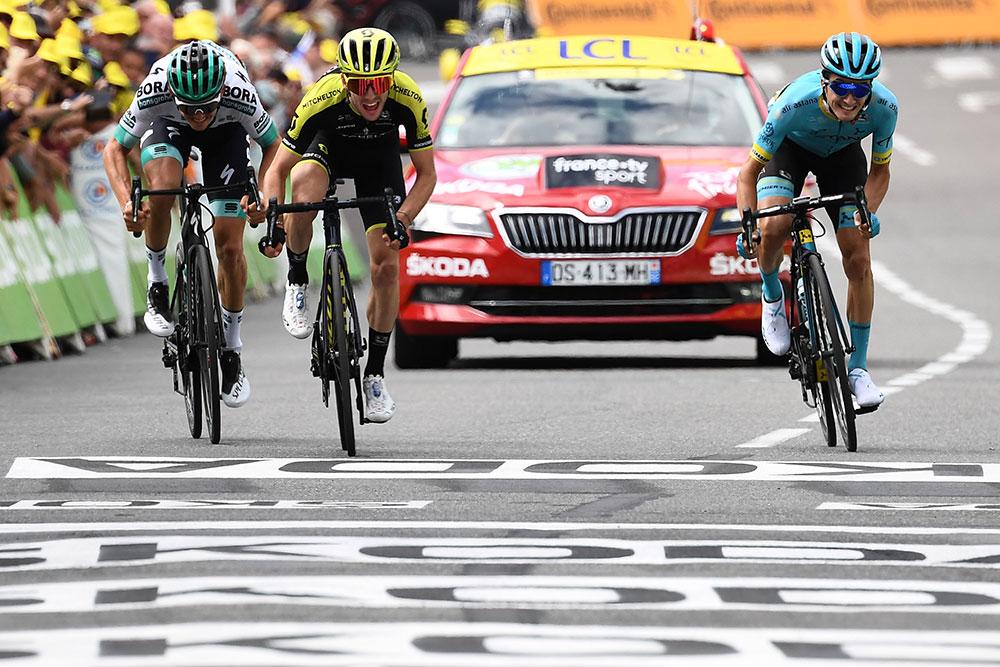 Tour de France: S. Yates gagne l'entame pyrénéenne, Alaphilippe reste en jaune