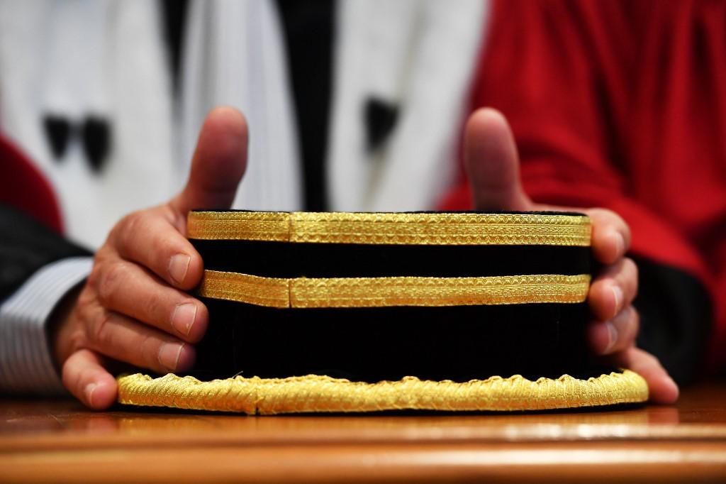 La cour d'appel de Nouméa renvoie à octobre sa décision d'extrader ou pas un Chinois