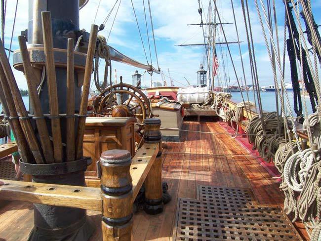Deux conférences sur la Bounty auront lieu dimanche 28 juillet au fare suisse.