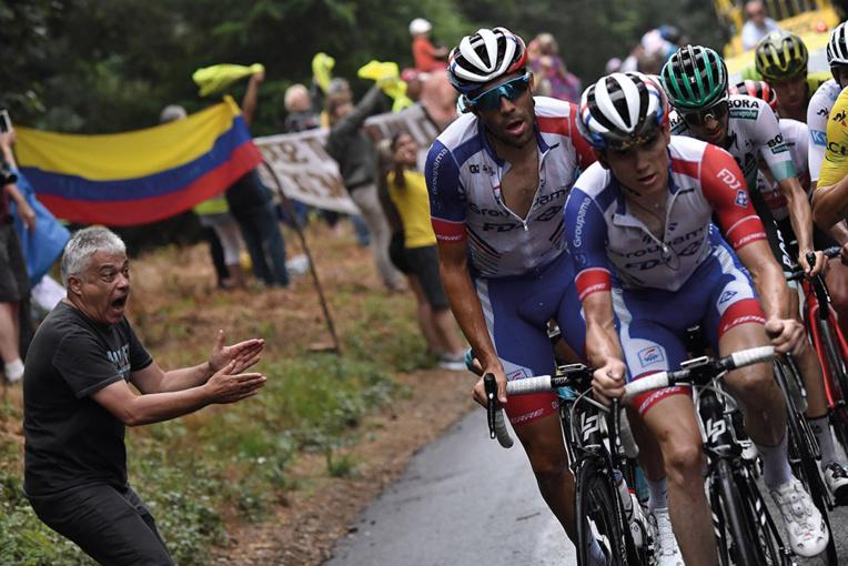 Tour de France: Pinot abandonne dans la 19e étape