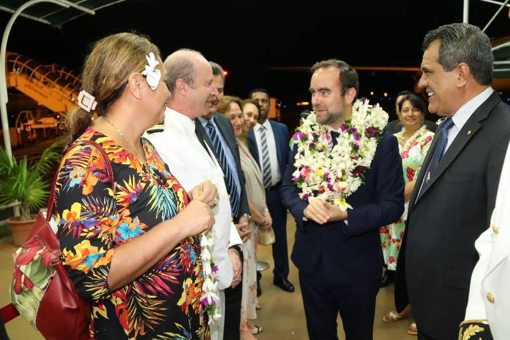 Le ministre Sébastien Lecornu arrivé à Tahiti