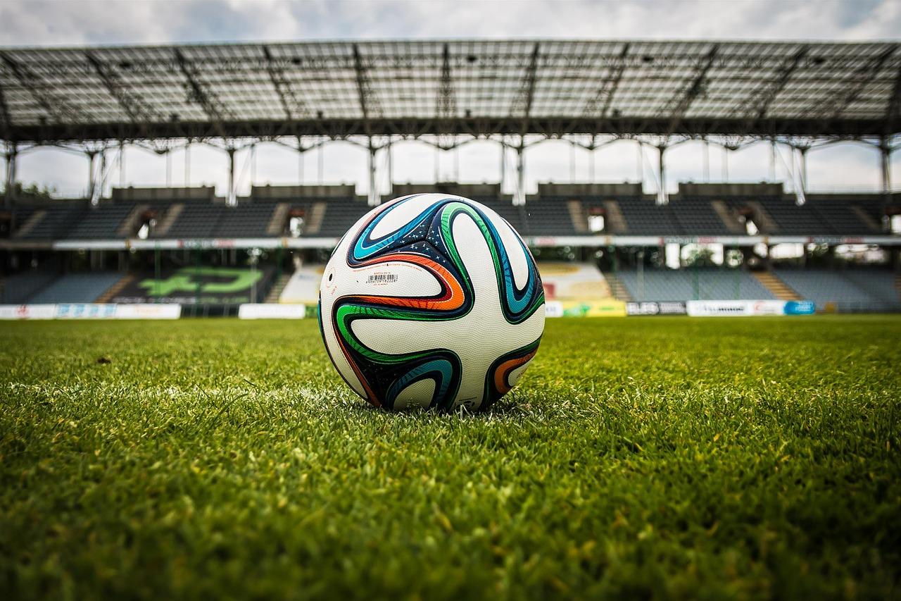 Le syndicat des footballeurs dénonce l'engorgement des calendriers