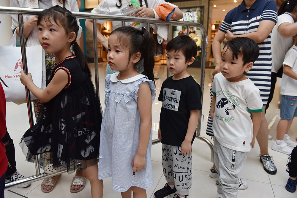 Mannequins dès 4 ans: en Chine, le boom malgré la controverse