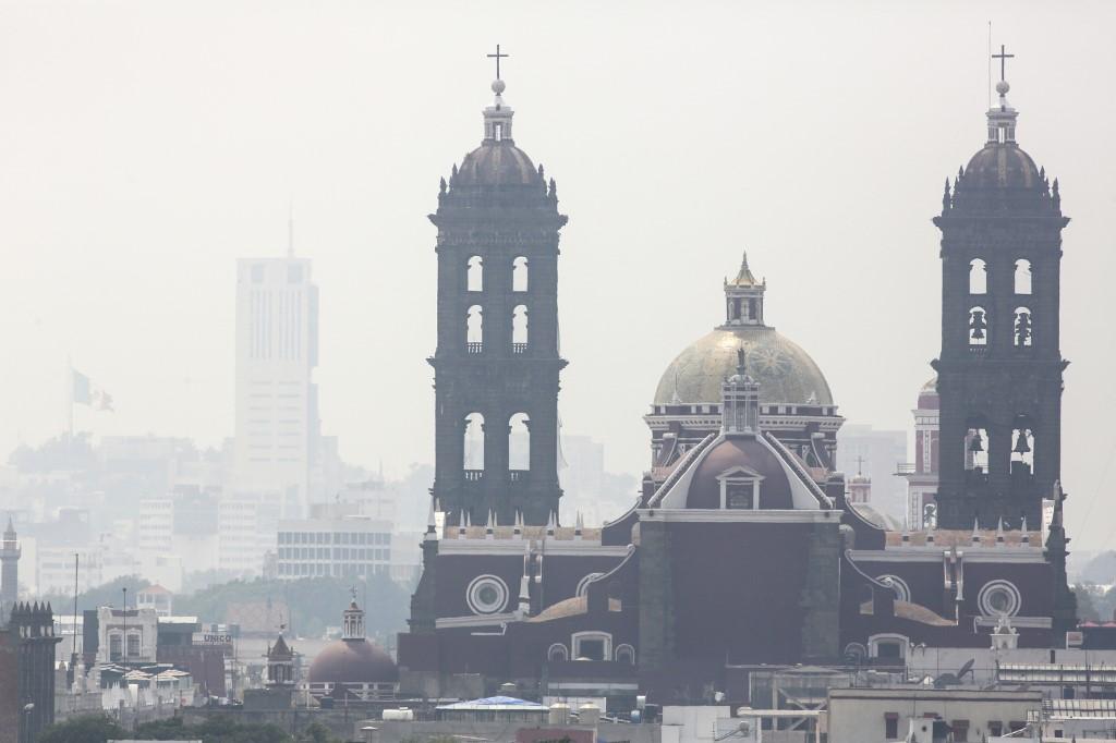 Le fugitif  vivait dans un grand appartement au sein d'un lotissement prisé des expatriés américains à Puebla, près de Mexico.