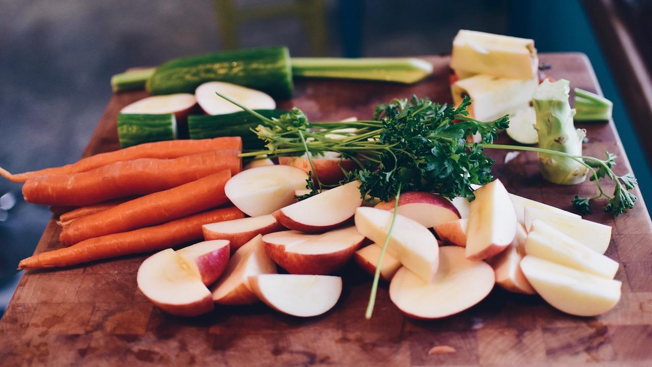 Changer d'habitudes, sans devenir tous végétariens: ce que dit le Giec sur l'alimentation