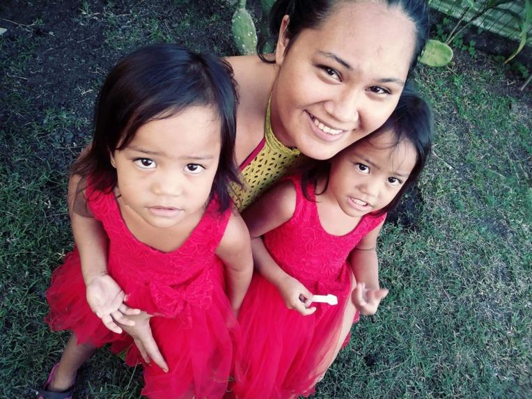 Cyndie Puura, maman de deux jumelles âgées de trois ans.