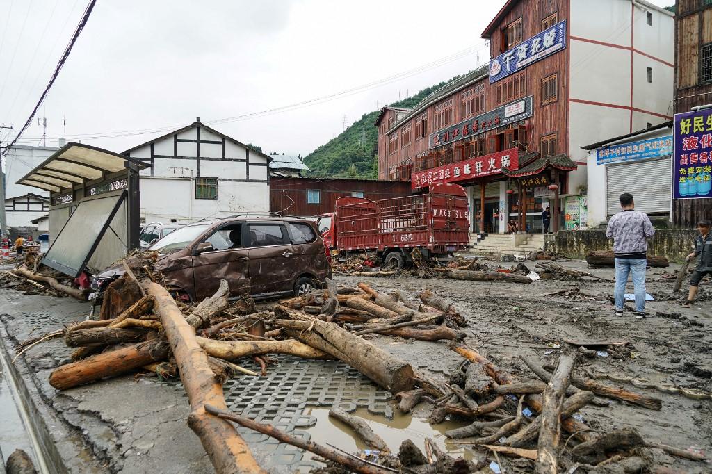 Chine: 9 morts, 35 disparus dans des coulées de boue