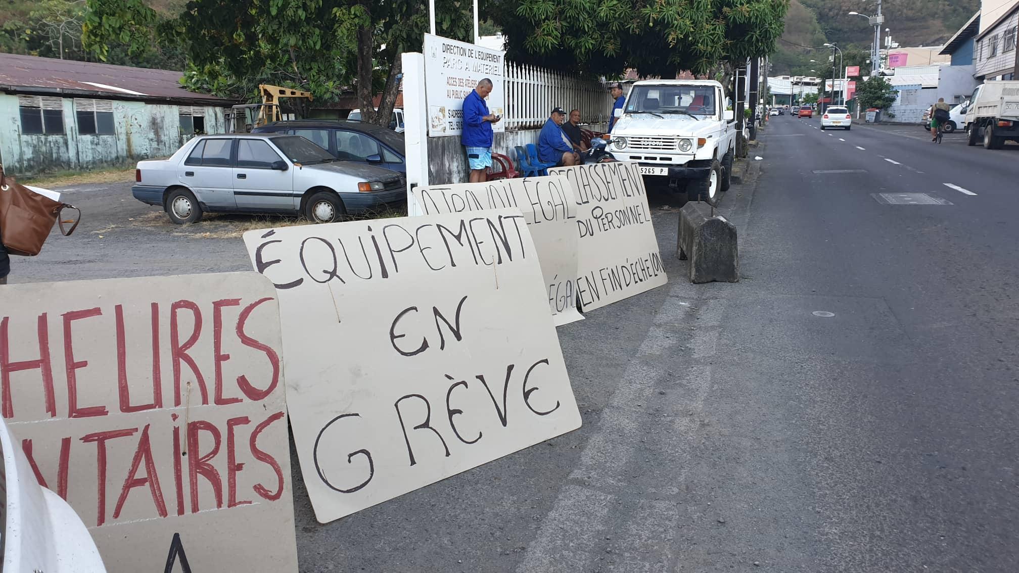 Grévistes et syndicats font monter la pression