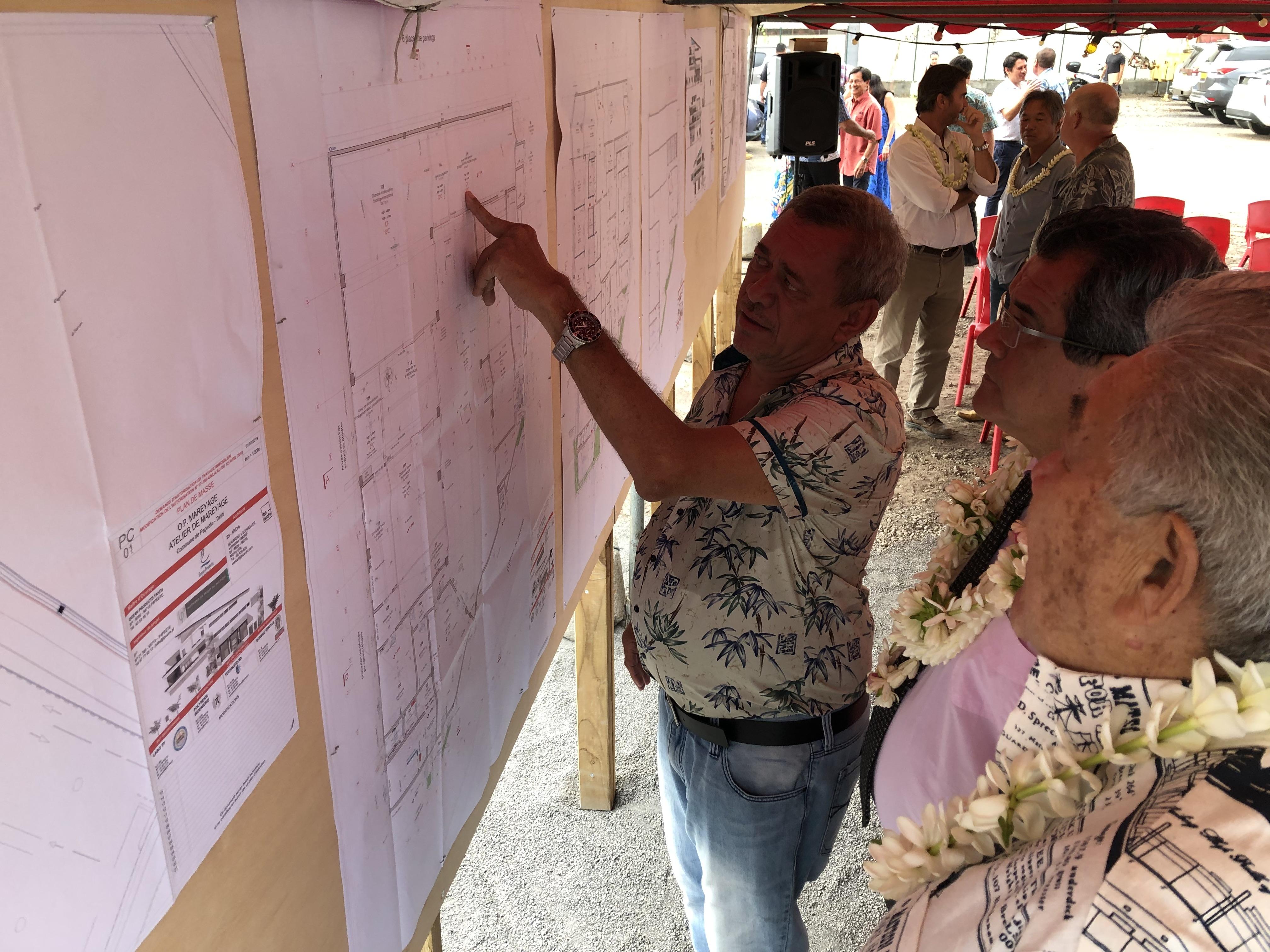La famille Moarii, dirigeante de la société Ocean Products Tahiti, a pu présenter hier les grandes lignes de son nouveau projet au gouvernement du Pays.