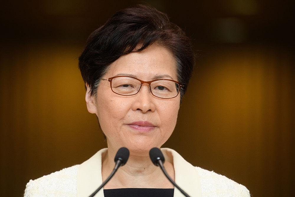 Hong Kong : l'exécutif renonce finalement au texte controversé sur les extraditions