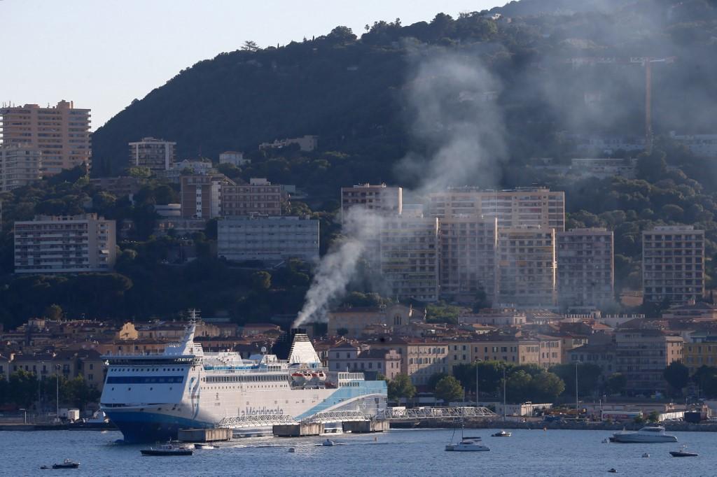 Les ports de Méditerranée espèrent en finir avec la pollution des navires de passagers