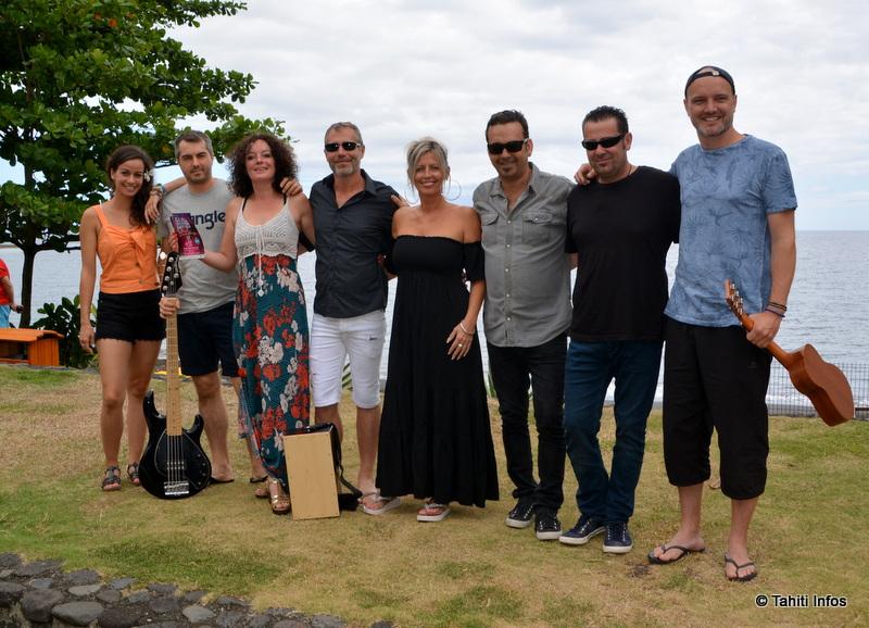 Ce sont 7 musiciens venus de métropole en plus du disc-jockey local DJ Esteban qui assureront l'ambiance années 80 ce samedi.