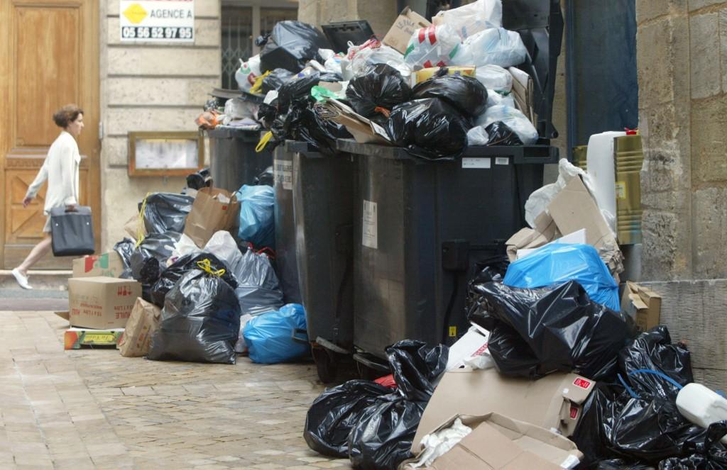 Etudiant disparu à Toulouse: piégé dans un container-poubelle?