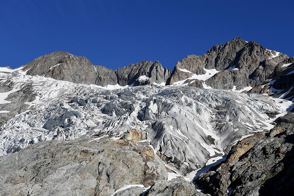 Un glacier des Alpes rend un corps plus de 40 ans après