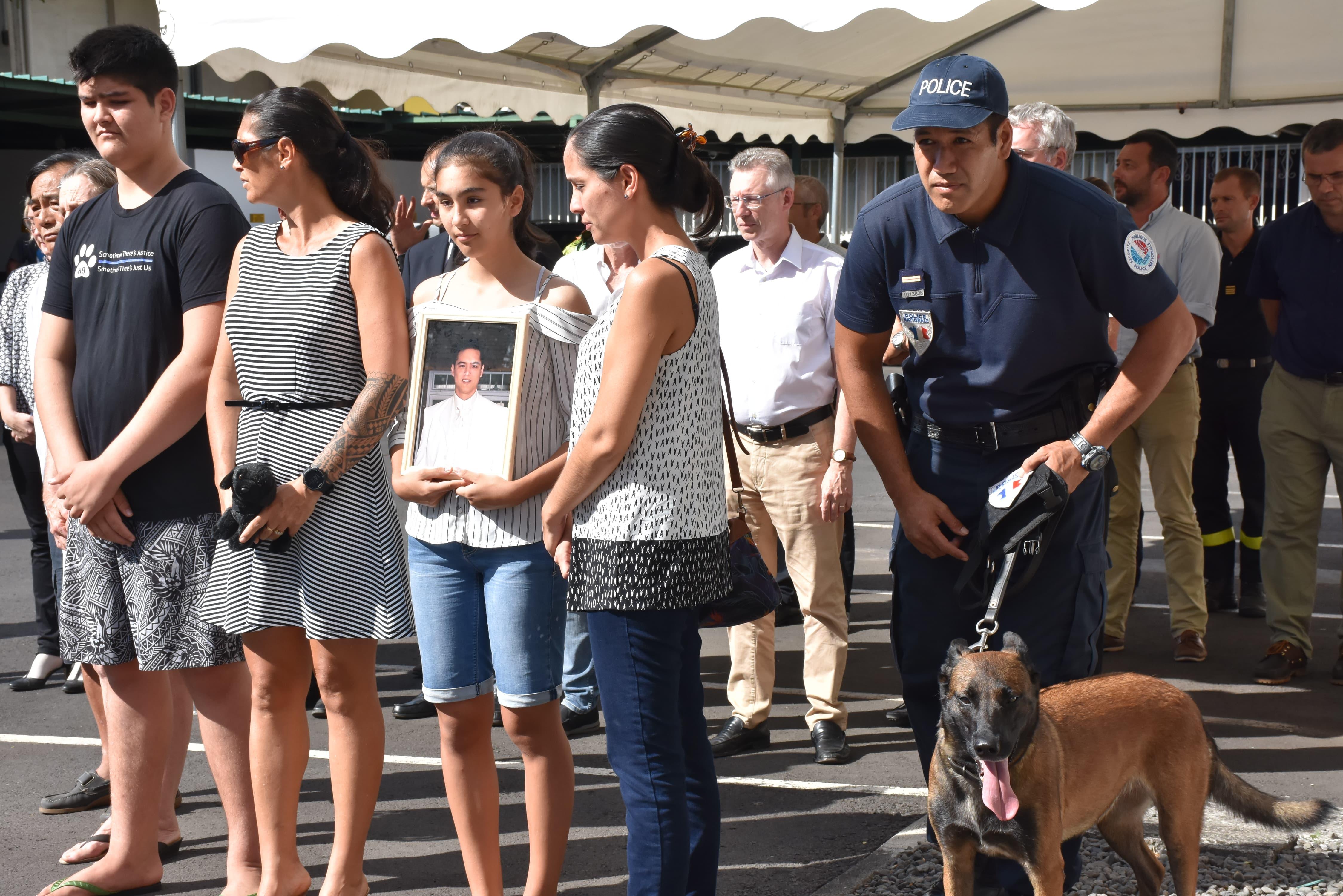 L'épouse et les proches de Loïc Ly Sao, et sa chienne, Jipsy.