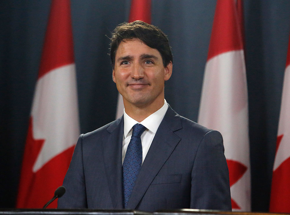 Canada: Trudeau lance la bataille de législatives à l'issue incertaine